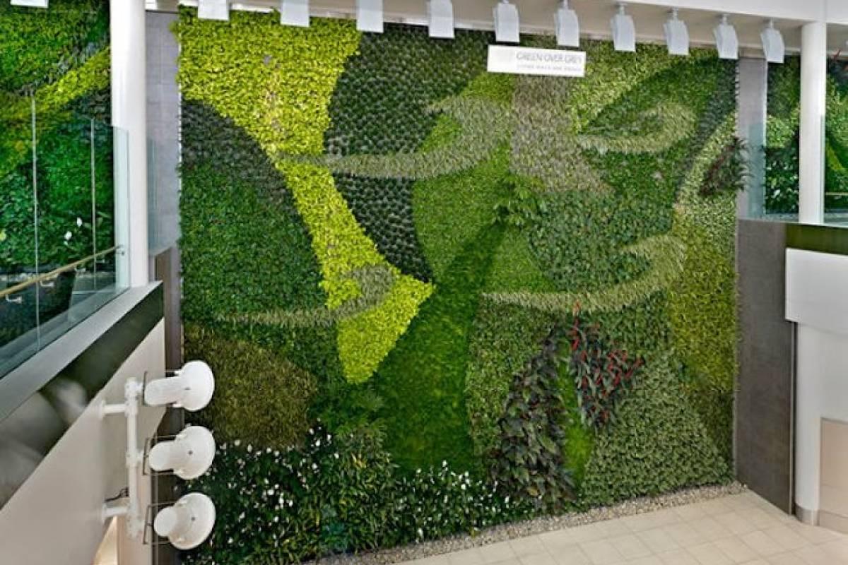 Aeropuerto en canad instala enorme jard n vertical con for Instalacion de jardines verticales