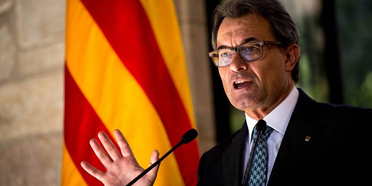 Liberan a ex presidente de Cataluña tras declarar en el Tribunal Supremo español