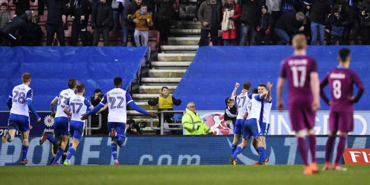 ¿Qué podía hacer Bravo? El gol que le costó la eliminación al City ante un equipo de tercera en la FA