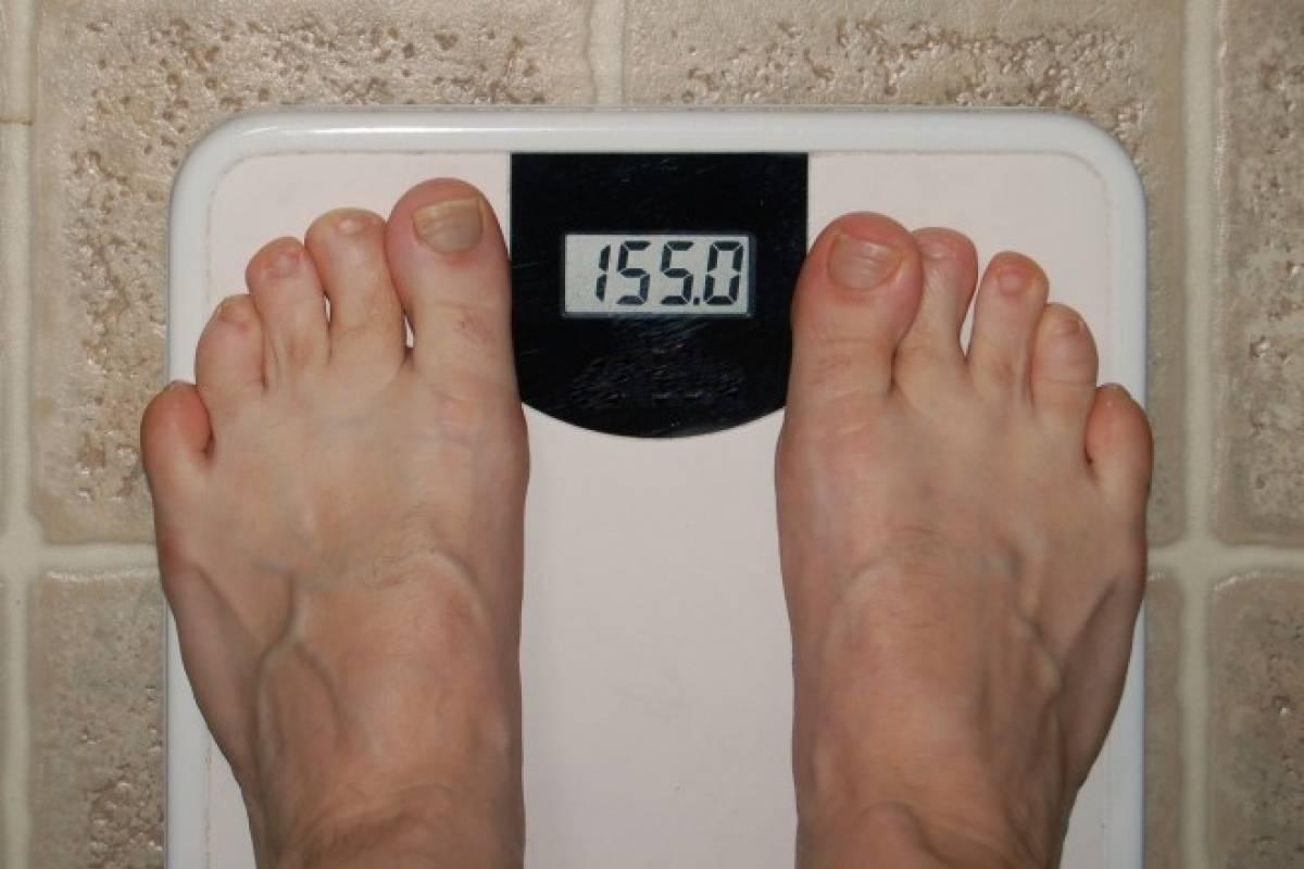 ¿pierdes peso mientras defecas