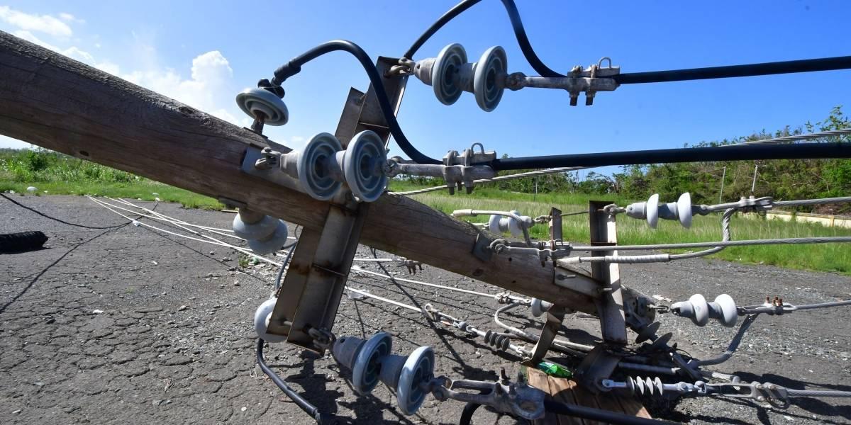 Comunidades en Vega Alta denuncian que la AEE los sentenció a muerte