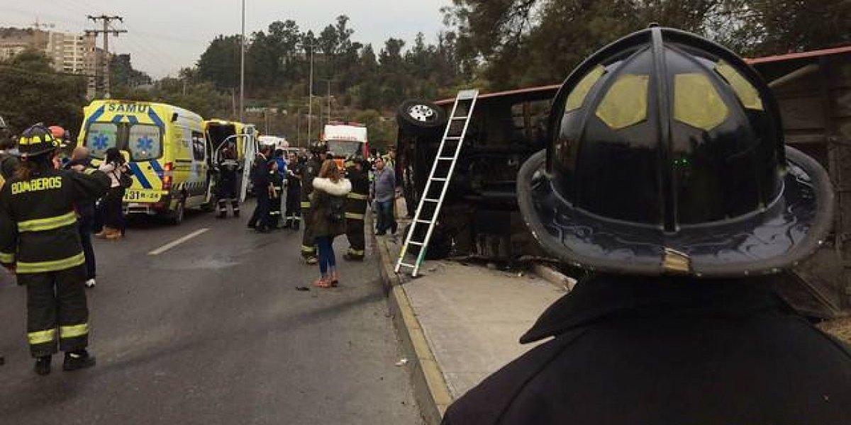 Carabineros confirmó la muerte de un niño de 7 años en volcamiento de bus en San Rafael