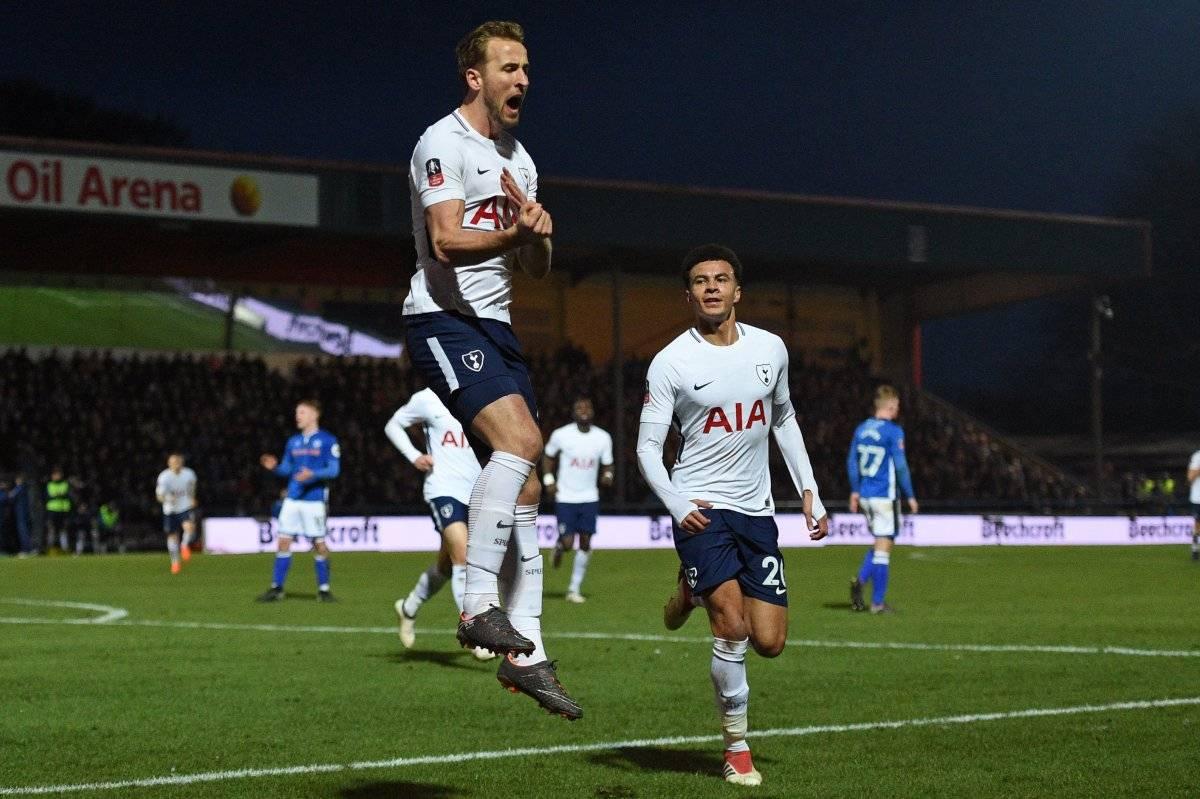 Kane del Tottenham está a cuatro goles del líder Ronaldo.