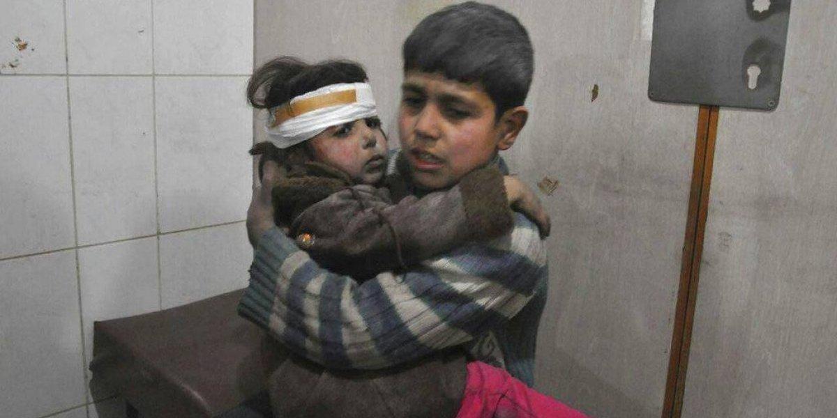 Están matando niños: Las imágenes de la barbarie que viven civiles en los últimos bombardeos en Siria