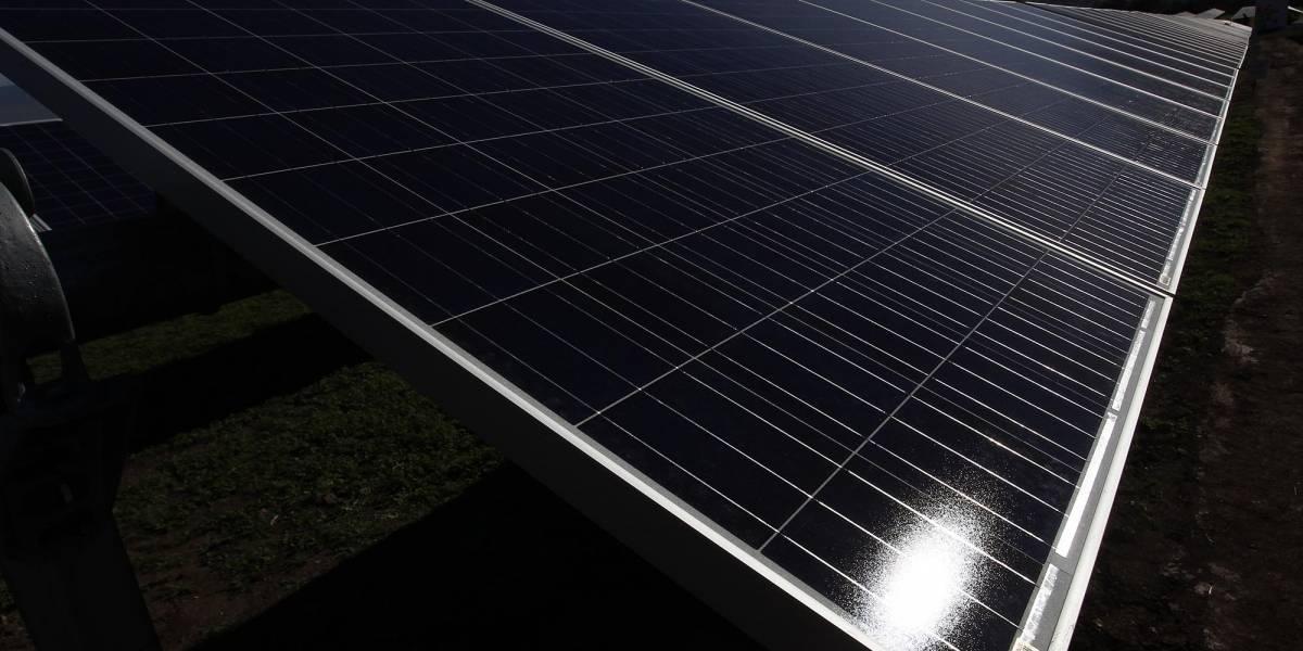 UC desarrolla aplicación que calcula rendimiento de paneles solares en días nublados