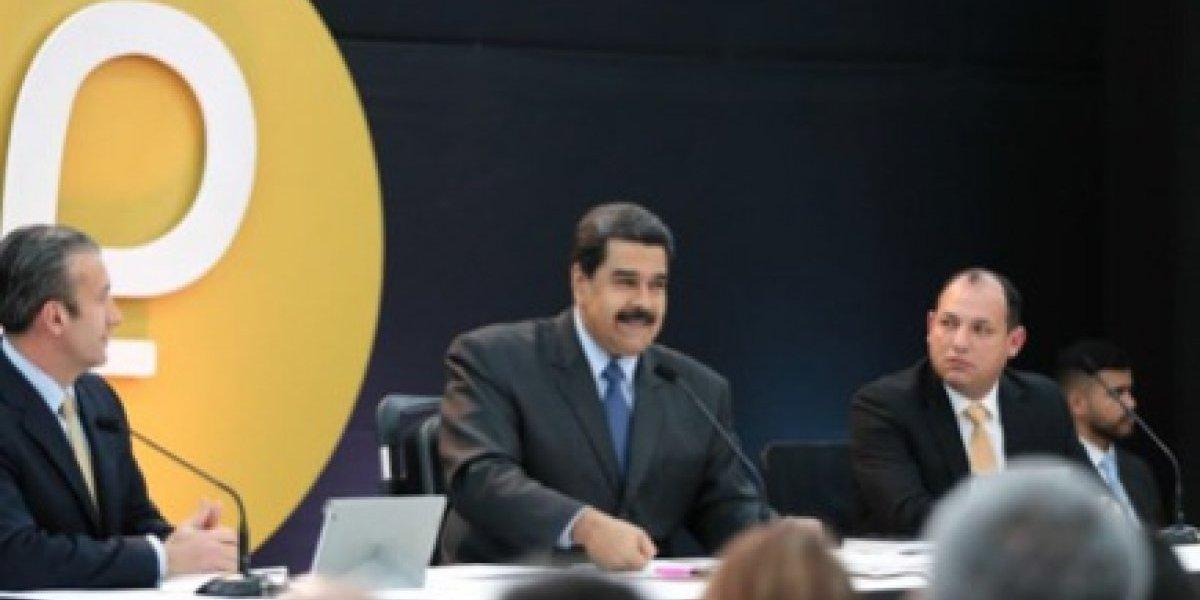 Maduro se frota las manos: Petro recauda US $ 735 millones el primer día
