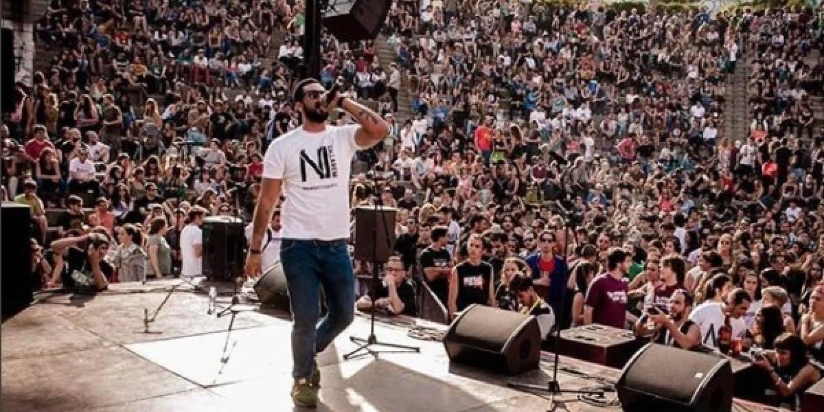 """Un rapero español se enfrenta a tres años y medio de cárcel por """"injurias a la Corona"""""""