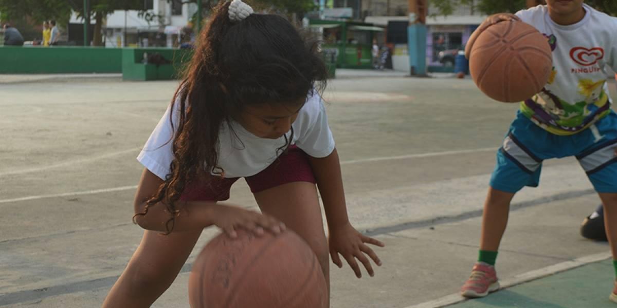 450 cupos para vacacional de básquet gratuito en Guayaquil