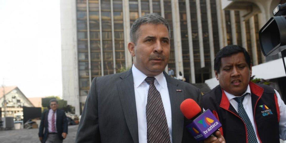 Sala revoca resolución que anuló orden de captura contra el general Erick Melgar Padilla