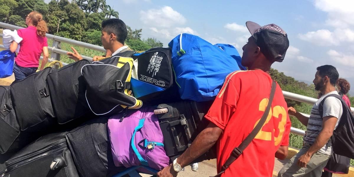 Lanzan propuesta para enfrentar la migración venezolana en Colombia