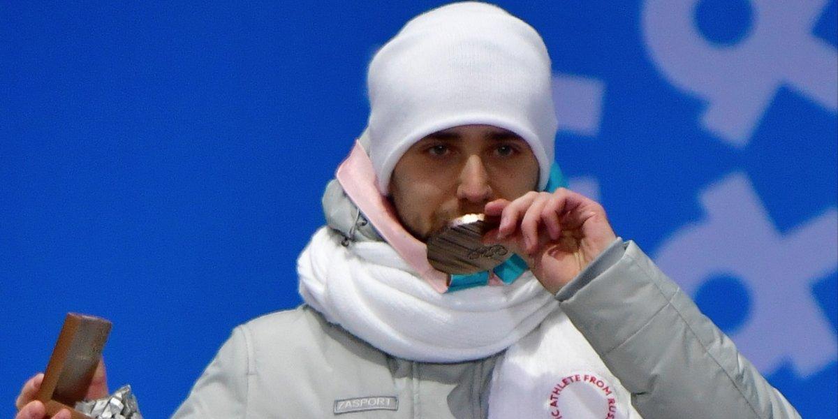 Despojan de medalla olímpica a competidor ruso por dopaje