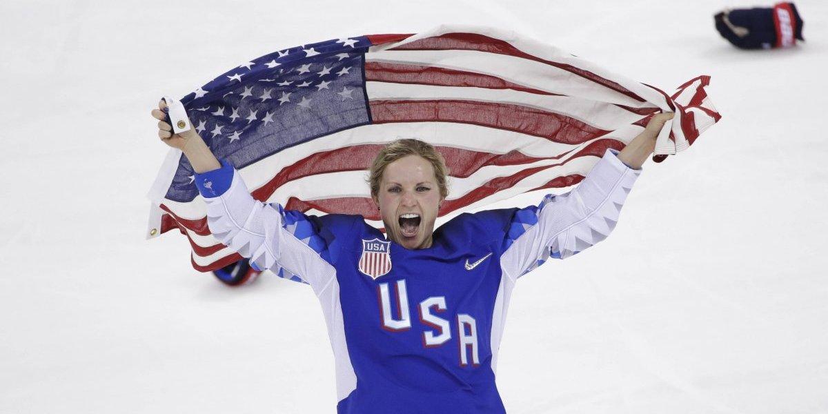 Estadounidenses rompen maleficio y ganan oro en hockey