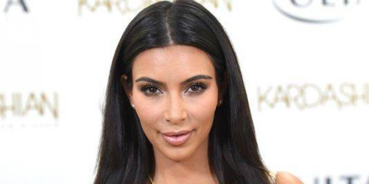 Kim Kardashian se desnuda para hacer videollamada con un amigo