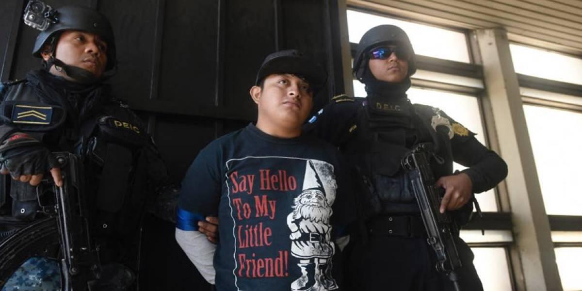 "Presunto pandillero responde ""cabal"" al ser consultado si actuó en video de PNC"