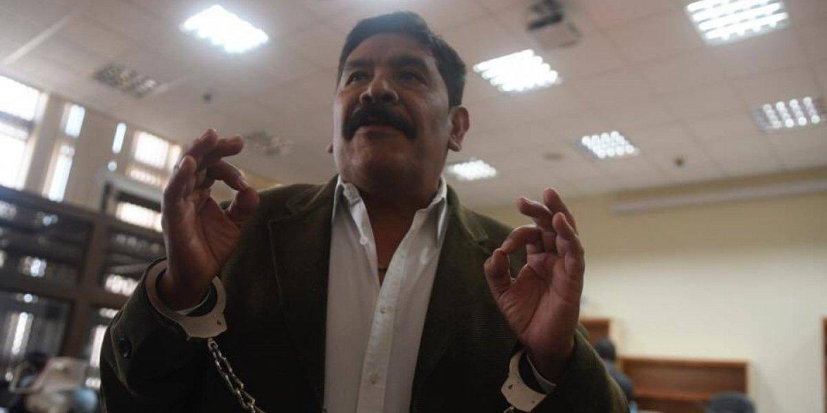 """Exalcalde de Antigua arremete contra juez Gálvez y lo llama """"sirviente de la CICIG"""""""
