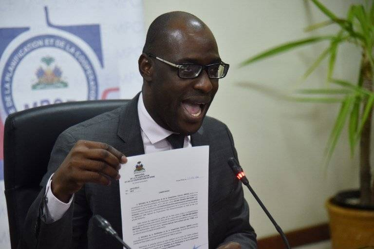 Aviol Fleurant, ministro de Planificación y Cooperación Externa de Haití