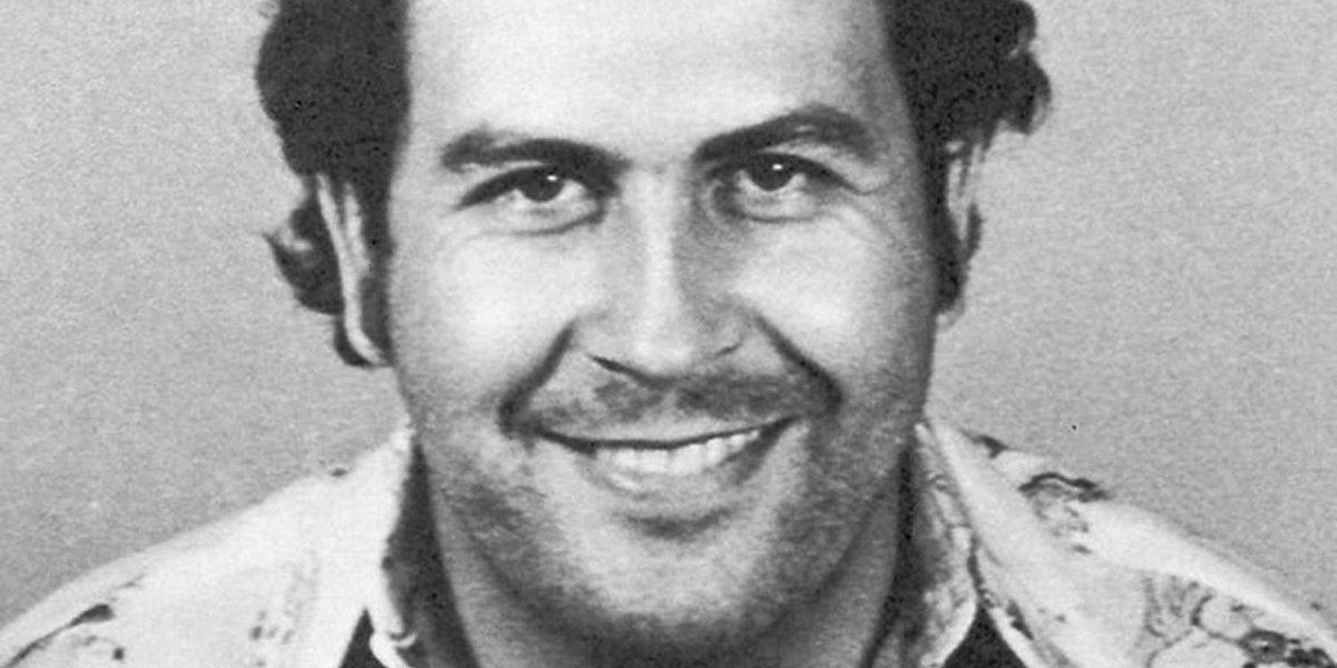 Arrestan a policía que comandó operación en la que murió Pablo Escobar