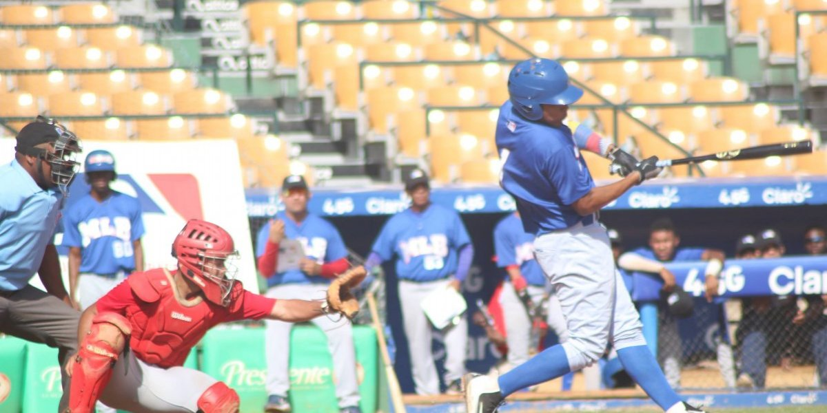 MLB realizó un showcase internacional en el Estadio Quisqueya