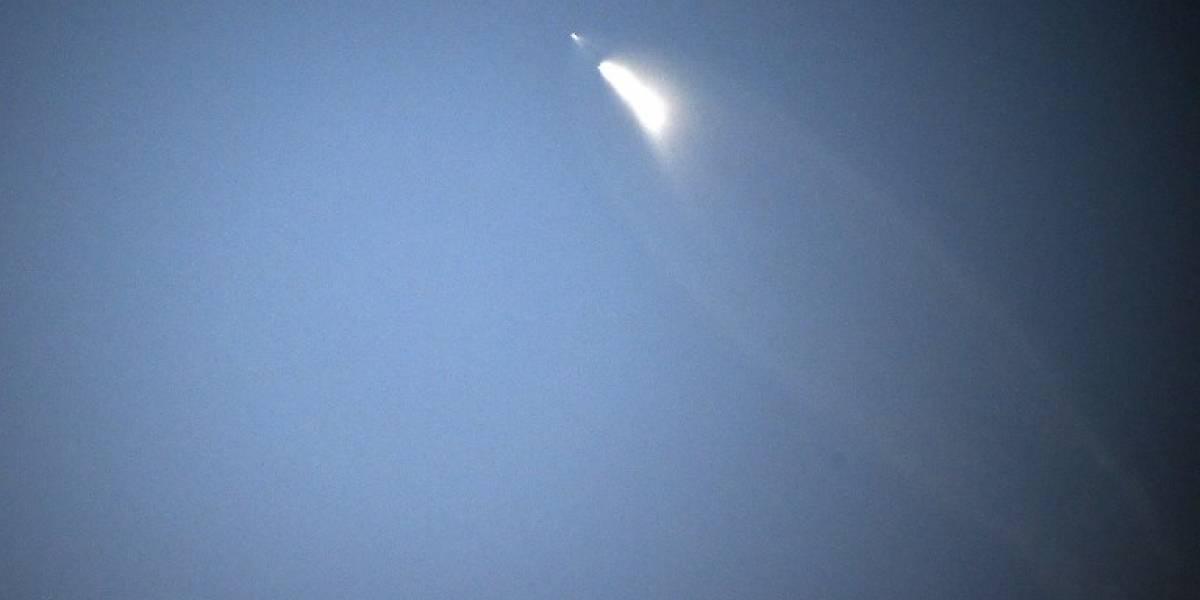 "SpaceX lanza el satélite español ""PAZ"""