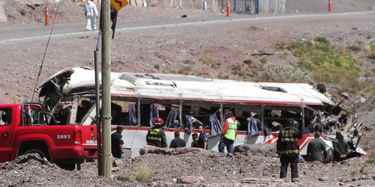 Chofer del bus que volcó en Mendoza habría consumido cocaína y marihuana
