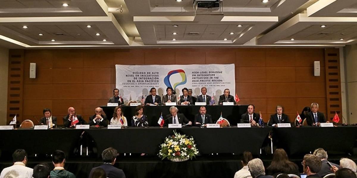 Gobiernos de Japón y Chile esperan acelerar aplicación del TPP