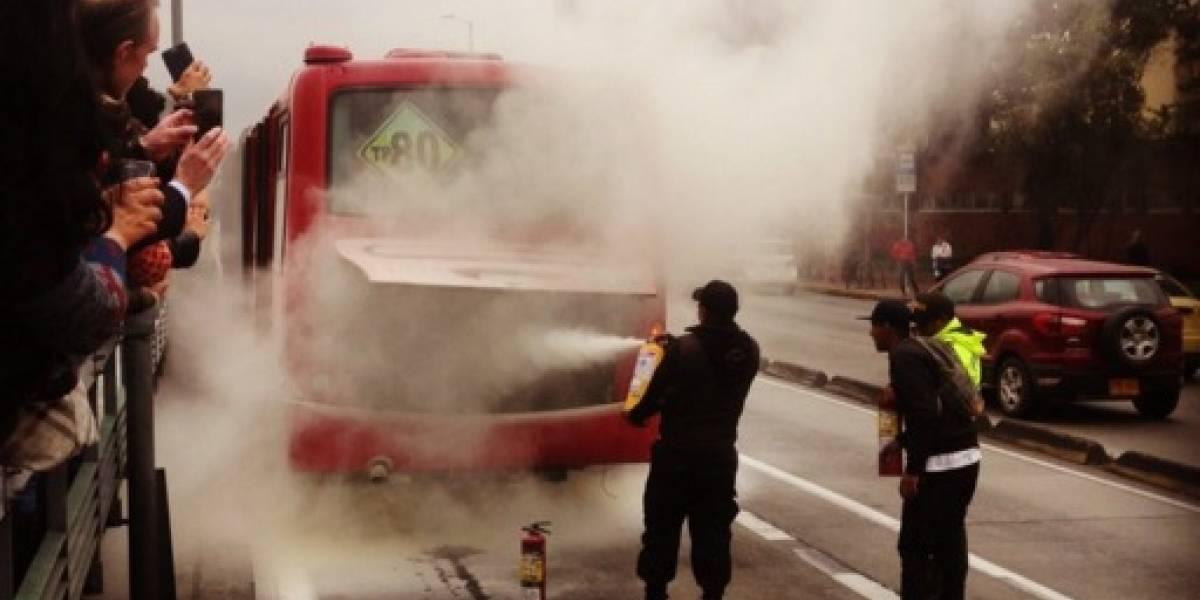 ¡Atención! Reportan incendio de bus de TransMilenio a esta hora en el norte de Bogotá