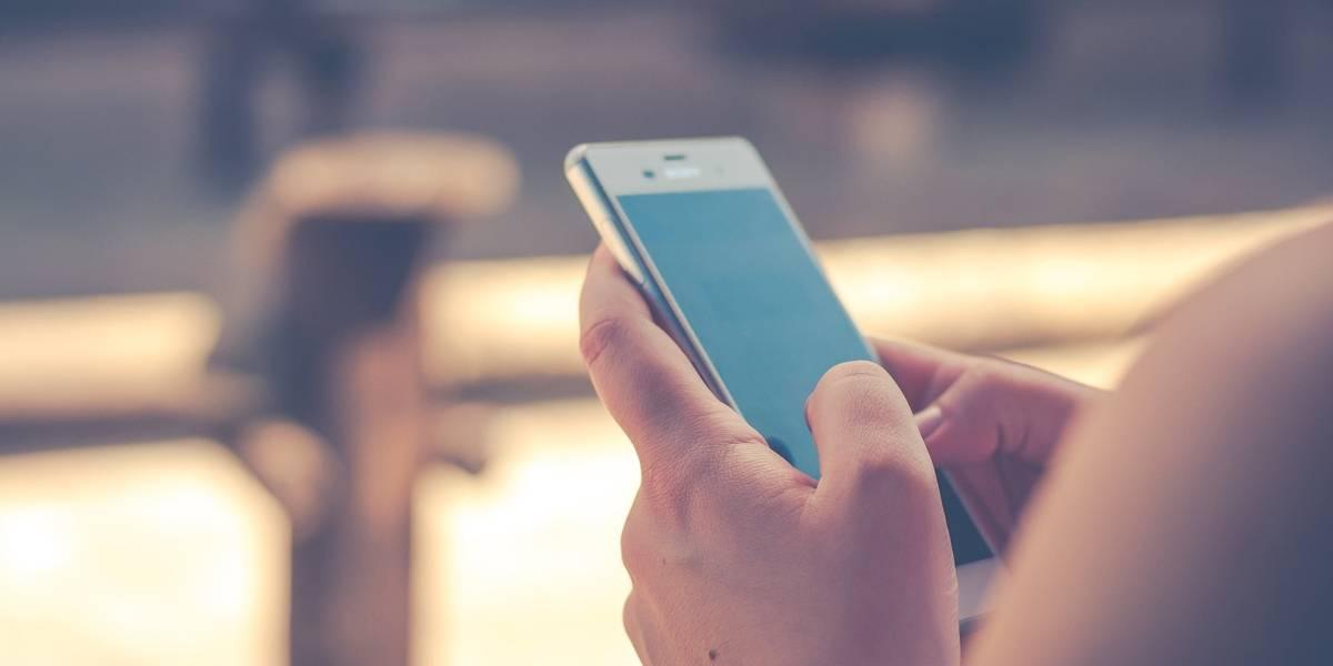 Desesperada, jovem pede ajuda por celular: 'Socorro, o tio está tentando me estuprar'