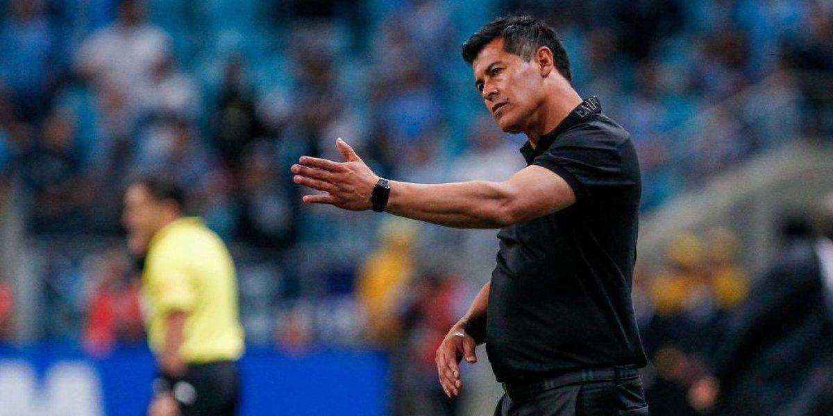 """DT de Atlético Nacional preocupado por la presión del Monumental: """"Colo Colo es un rival difícil que se hace fuerte de local"""""""