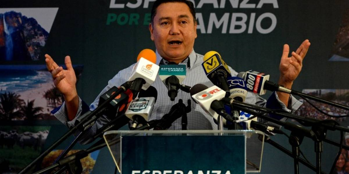 """""""Soy la luz en las tinieblas"""", dice pastor que quiere destronar a Maduro"""