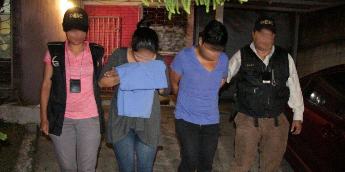 Tres mujeres rescatadas en operativo contra trata de personas en la zona 7