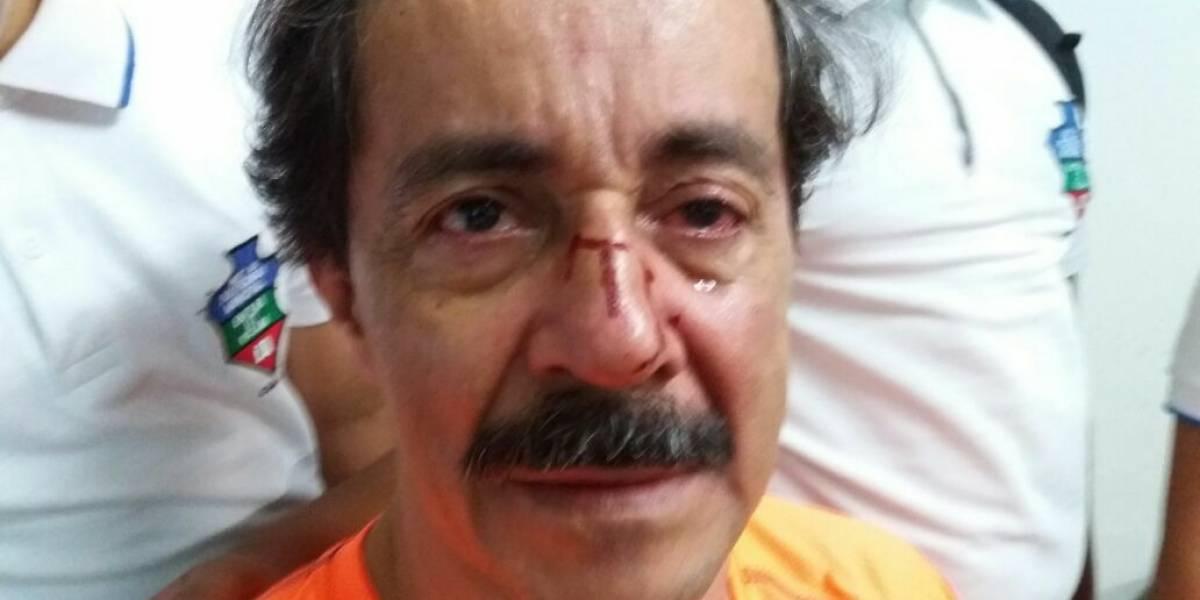 ¡Qué horror!, padre golpeó al profesor de su hijo porque le puso mala nota