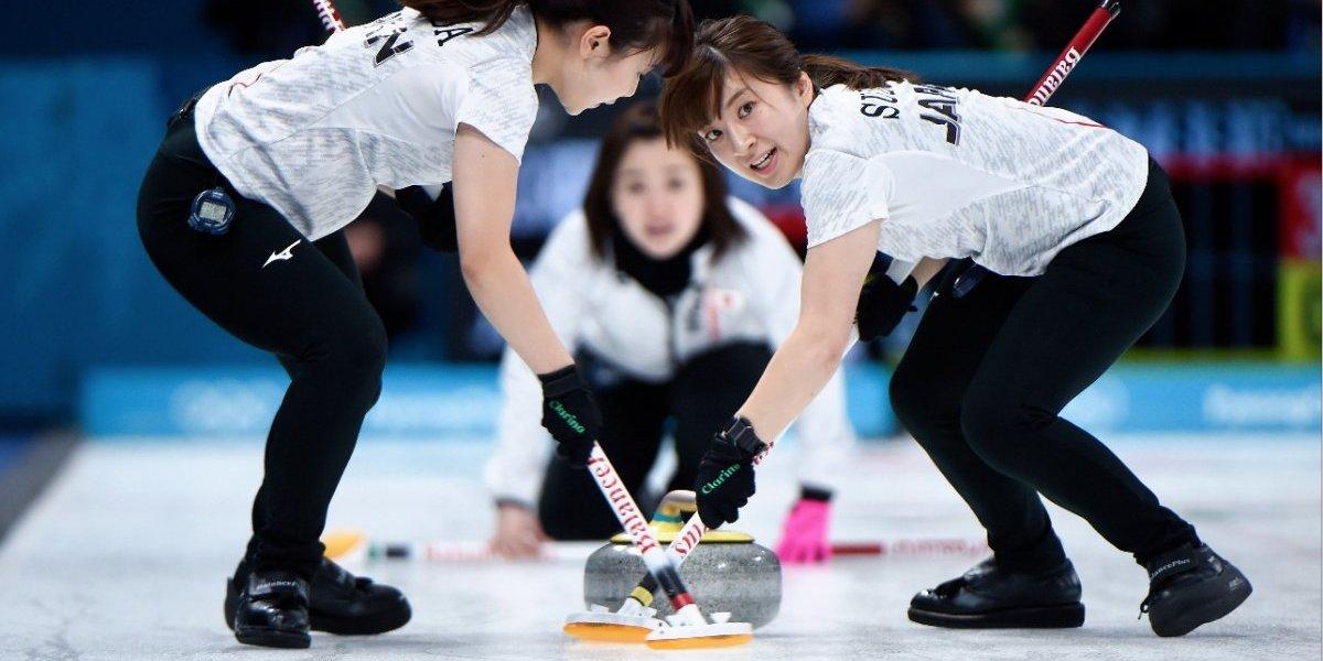 Curling, el deporte más extraño de los Juegos de Invierno, causa furor