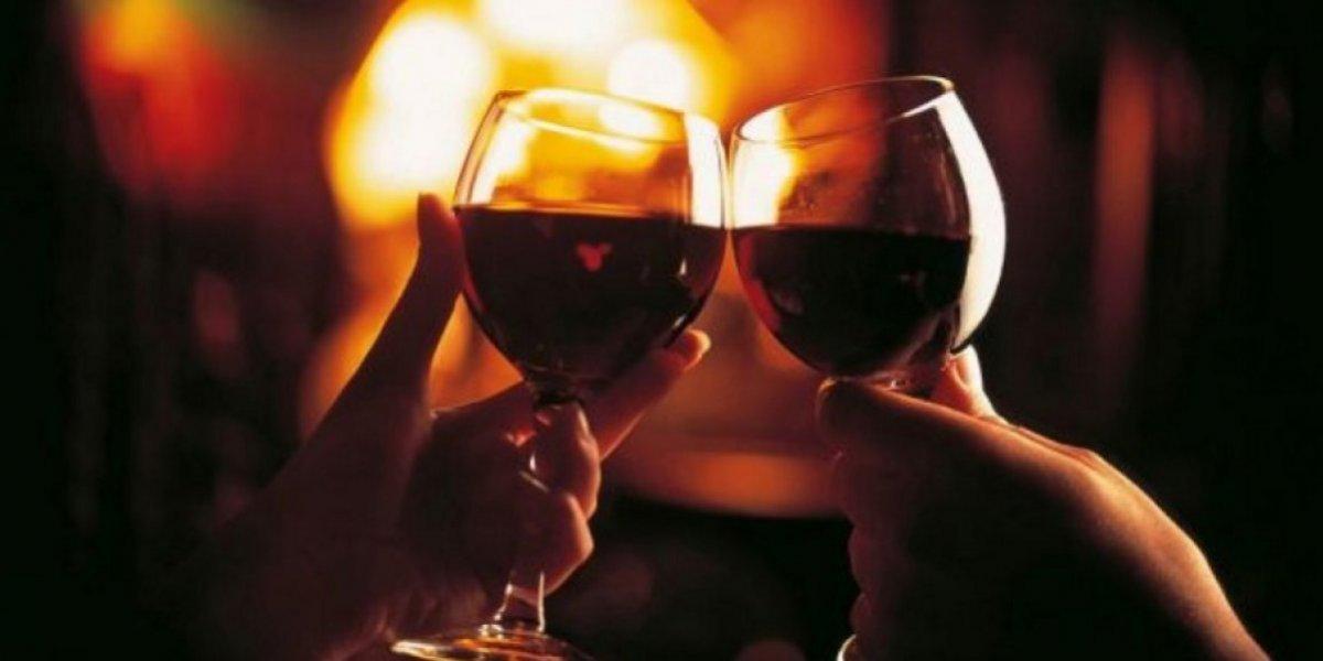 Botella de vino cosecha 1774 alcanza en subasta los 103,700 euros
