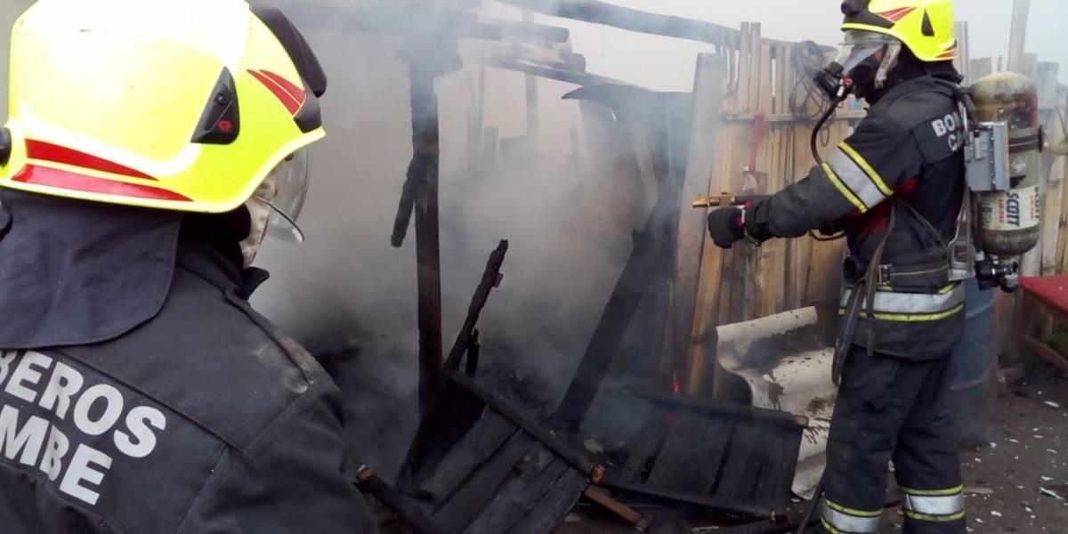 Incendio consumió en su totalidad una vivienda en Cayambe