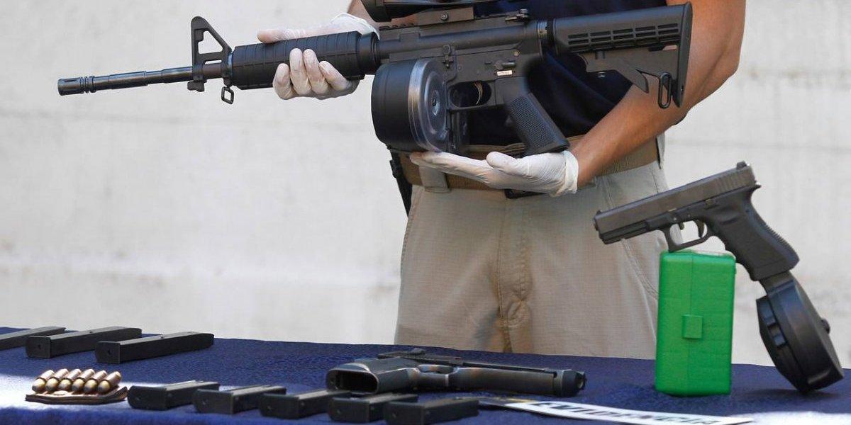 Empresas estadounidenses se desvinculan de las armas tras tiroteo en Florida