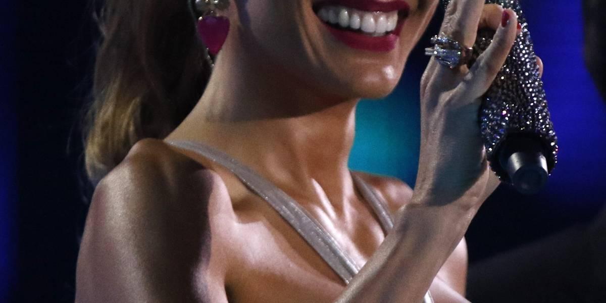 Carola De Moras: Tuiteros compararon su vestido con un pijama