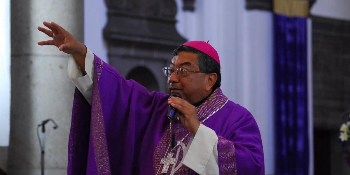 Exponen cuerpo de Monseñor Óscar Julio Vian