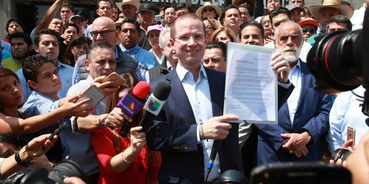 Anaya exige a PGR abandonar guerra sucia en favor del PRI