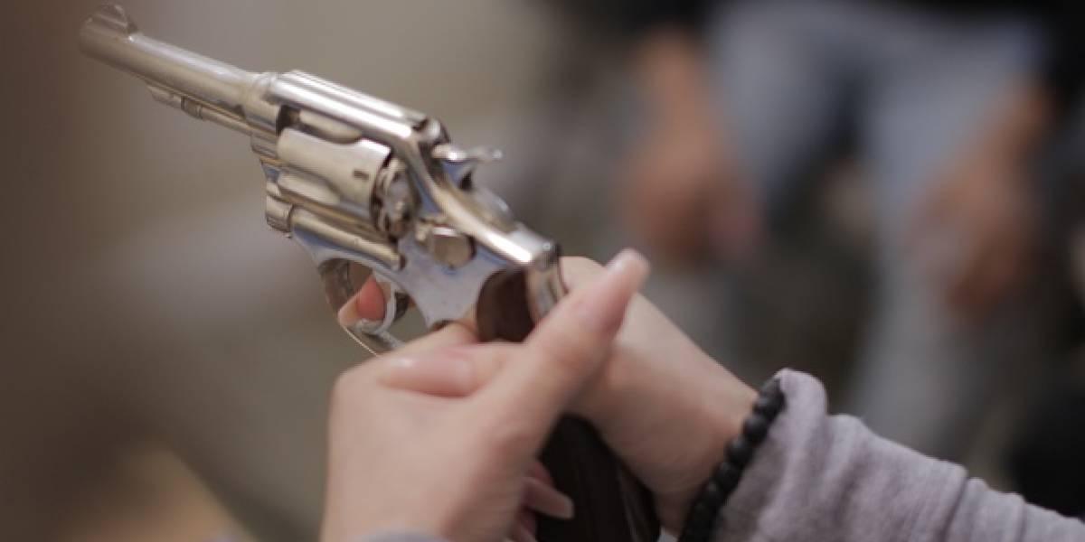 Trump insiste en armar y entrenar a profesores para defender escuelas tras masacre en Florida