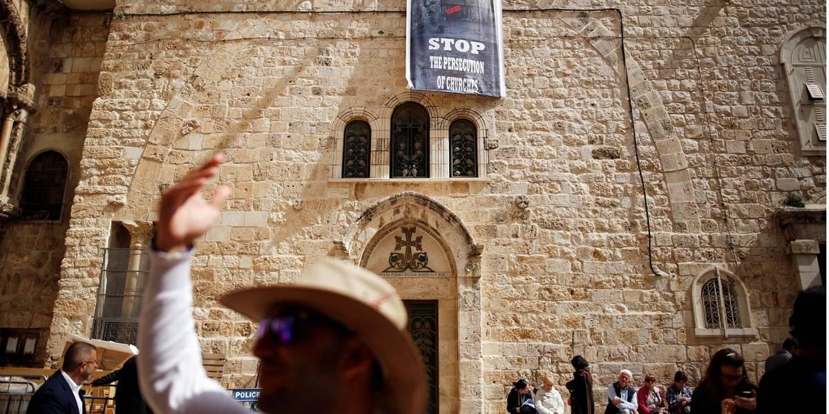 Igrejas cristãs fecham Santo Sepulcro em protesto contra impostos
