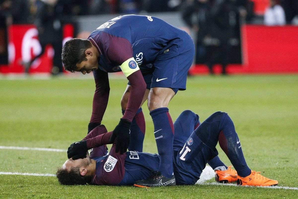 Neymar está en duda para el juego ante el Real Madrid.