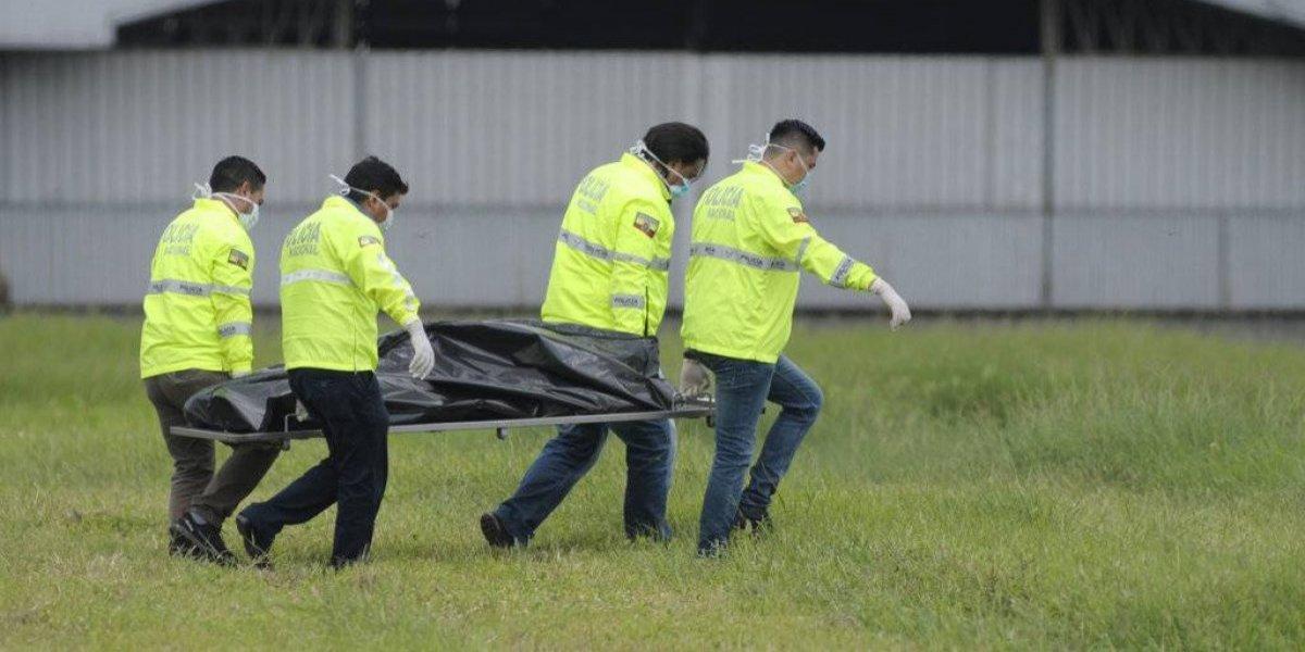 Dos muertos tras caer avión que iba a Nueva York