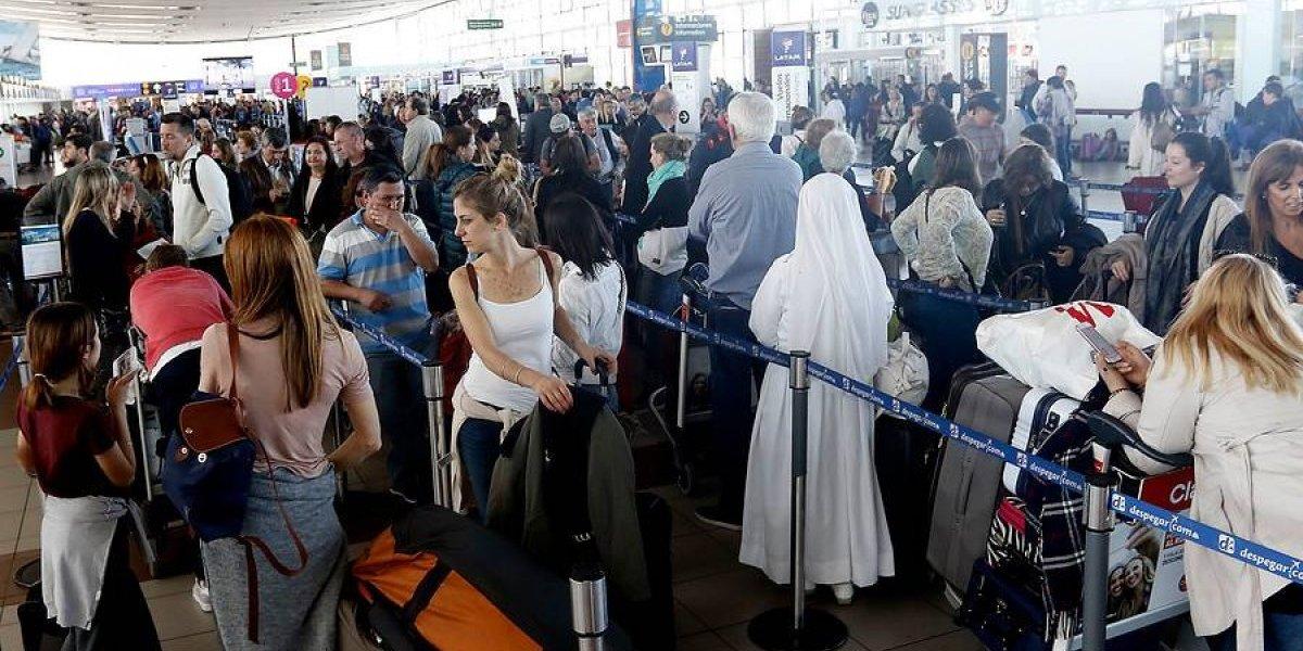 Nos gusta agarrar la maletita: Buenos Aires es la ciudad preferida de los chilenos para viajar