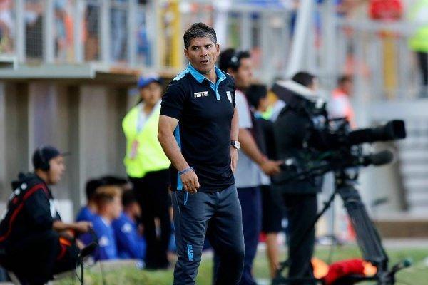 Erick Guerrero no va más en la banca de Iquique / Foto: Agencia UNO