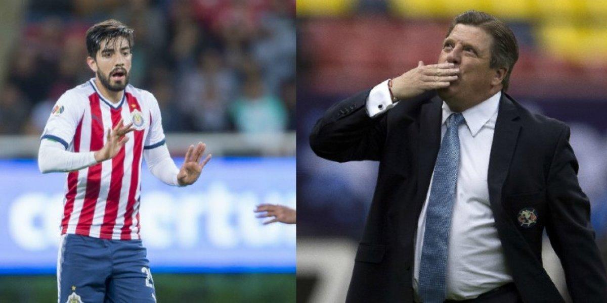 VIDEO: 'Piojo' Herrera coquetea con Rodolfo Pizarro