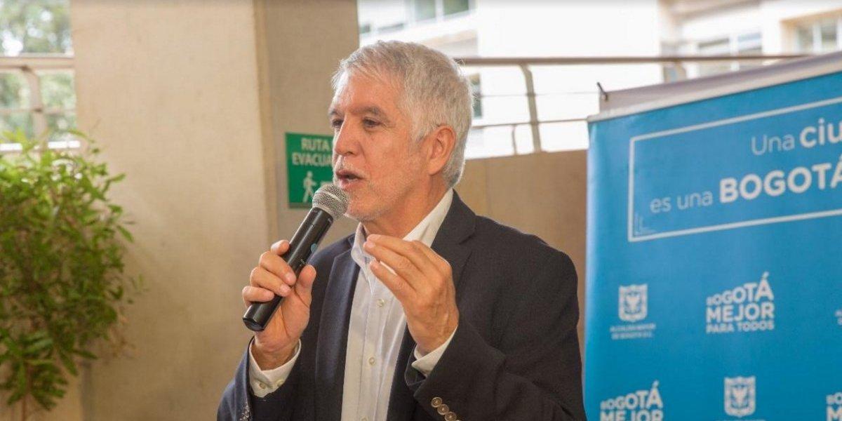 Bogotá abre licitación para comprar 725 mil refrigerios escolares diarios