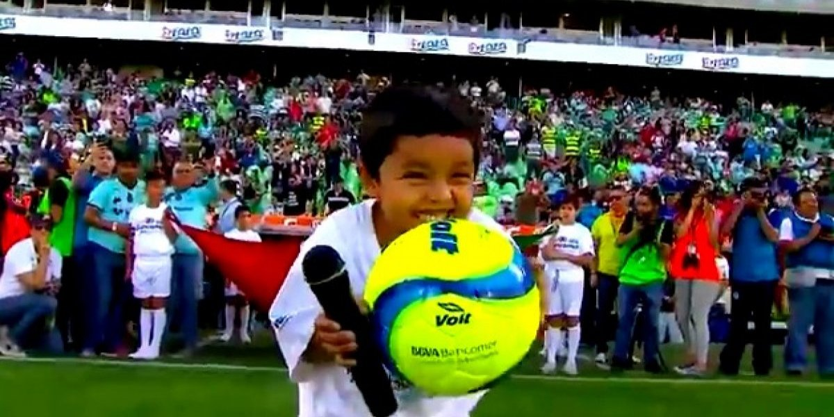 VIDEO: El niño que se robó el partido de Santos vs. Cruz Azul