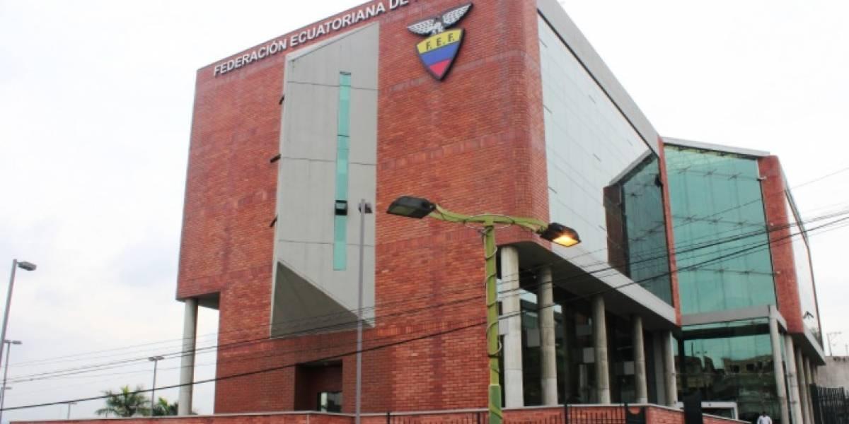 La Conmebol se refirió a la FEF y el contrato de los derechos de TV