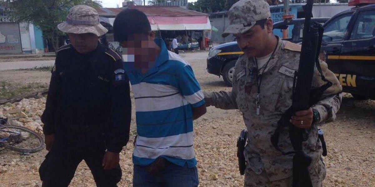 Capturado cuando cazaba en área protegida en Petén con rifle ilegal