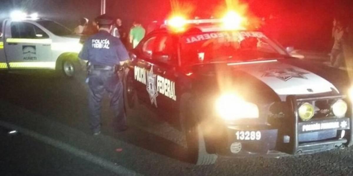 Volcadura de autobús deja al menos tres muertos en Puebla